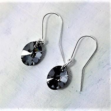 Boucles d'oreilles ovales perles de cristal Swarovski 12 mm montées sur crochets en argent 925Silver Night gris hématite