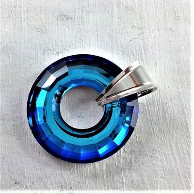 Pendentif Disk en perle de cristal Swarovski 25mm monté sur un anneau en argent 925 bleu Bermudas Blue