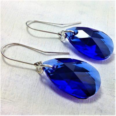 Boucles d'oreilles Amande en perles de cristal Swarovski 22 mm bleu Majestic Blue montures en argent 925