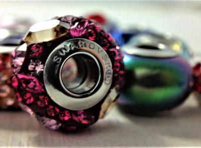 Charms en cristal Swarovski métal rhodié