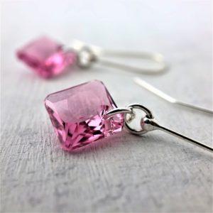 Boucles d'oreilles Princess en cristal Swarovski Rose sur crochets en argent
