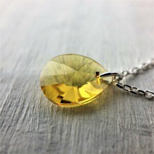 Collier Goutte en perle de cristal Swarovski jaune Topaze sur chaine argent