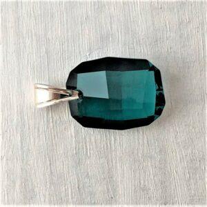 Pendentif Graphic cristal Swarovski 28 mm vert Emeraude bélière argent